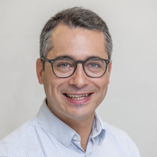 Ricardo Soares Magalhães is head of the Spatial Epidemiology Laboratory (SpatialEpiLab) at the University of Queensland
